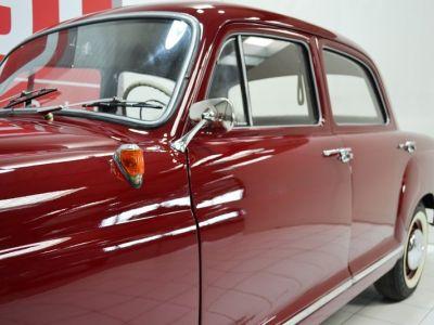 Mercedes 180 D Ponton - <small></small> 19.900 € <small>TTC</small> - #13