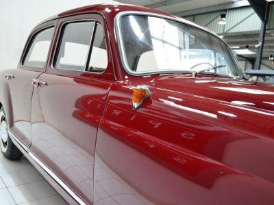 Mercedes 180 D Ponton - <small></small> 19.900 € <small>TTC</small> - #21
