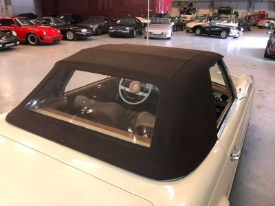 Mercedes 250 SL Pagode - <small></small> 79.750 € <small>TTC</small> - #44