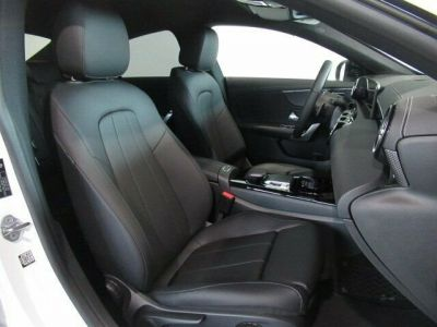 Mercedes CLA 200 Pack Progressive - <small></small> 33.900 € <small>TTC</small>
