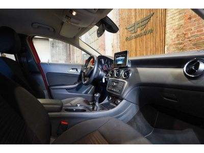 Mercedes Classe A 160 Benzine - NAVI - ALU - AIRCO - als Nieuw - 46960KM - <small></small> 15.990 € <small>TTC</small> - #18