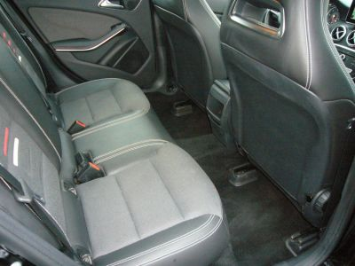 Mercedes Classe A 180 D INSPIRATION 7G-DCT - <small></small> 22.000 € <small>TTC</small>