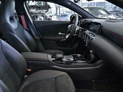 Mercedes Classe A 35 AMG 4MATIC 306 Ch PACK NOIR TOIT PANO MBUX - <small></small> 45.890 € <small></small>