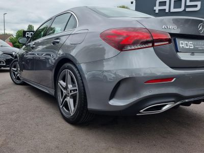 Mercedes Classe A BERLINE 180 136CH AMG LINE 7G-DCT 7CV - <small></small> 39.970 € <small>TTC</small> - #4