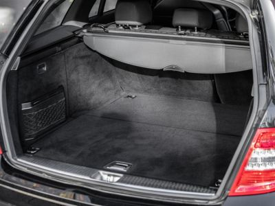 Mercedes Classe C III SW 63 AMG AVANTGARDE BVA7 SPEEDSHIFT PLUS - <small></small> 31.950 € <small>TTC</small> - #25