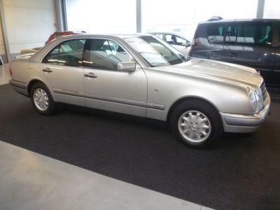 Mercedes Classe E 16000 km 'elegance' - <small></small> 12.500 € <small></small> - #1