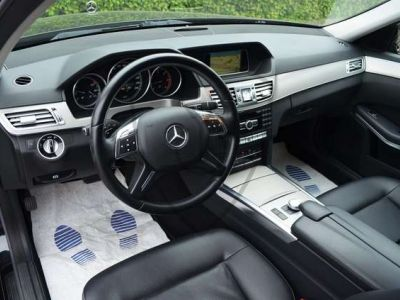 Mercedes Classe E 200 CDI Avantgarde - AUTOMAAT - LEDER - NAVI - TREKHAAK - <small></small> 17.500 € <small>TTC</small>