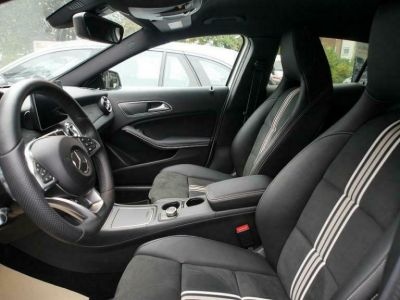 Mercedes Classe GLA 220 D Sport # Ligne AMG/Harman 177cv - <small></small> 32.300 € <small>TTC</small>