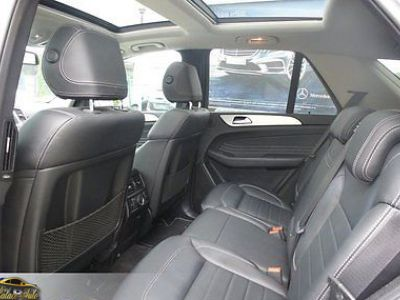 Mercedes Classe ML Mercedes-Benz ML350 BT 4M Pack sport toit pano - <small></small> 52.990 € <small>TTC</small>