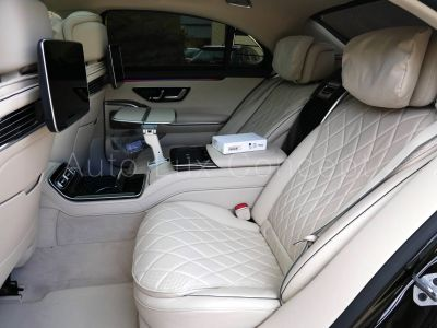 Mercedes Classe S 400 d 4MATIC L AMG Line, Pack Business Class, AR First Class, Roues AR directrices - <small></small> 182.400 € <small>TTC</small> - #8