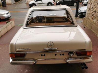 Mercedes Pagode SL 280 PAGODE - <small></small> 82.500 € <small>TTC</small>