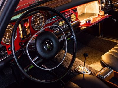 Mercedes SL 280 SL - <small></small> 208.000 € <small>TTC</small>