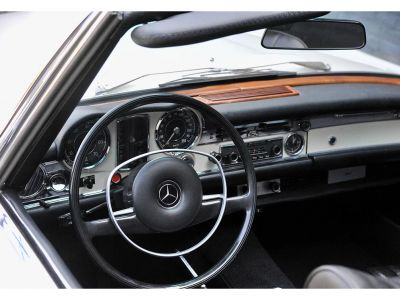 Mercedes SL SL 280 Pagode - <small></small> 95.000 € <small>TTC</small>