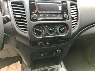 Mitsubishi L200 CLUB CAB 2.2 DI-D 150 4WD INVITE BENNE HYDRAULIQUE 2P - <small></small> 33.490 € <small>TTC</small> - #11