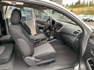 Mitsubishi L200 Club Cab 2.2 L DID 150 CV intense - <small></small> 28.410 € <small>TTC</small>