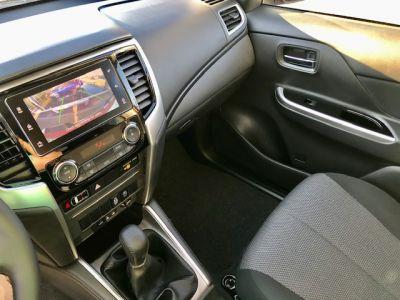 Mitsubishi L200 III CLUB CABINE 2.2 DI-D 150 INTENSE MY22 - <small></small> 31.190 € <small>TTC</small> - #9