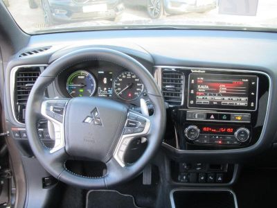Mitsubishi OUTLANDER PHEV Twin Motor Instyle 4WD - <small></small> 32.990 € <small>TTC</small> - #6