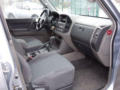 Mitsubishi PAJERO 3.2 did liberty 5p 7pl bva - <small></small> 16.900 € <small>TTC</small>