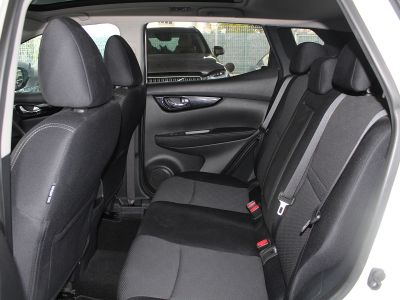 Nissan QASHQAI 1.6 DCI 130CH N-CONNECTA - <small></small> 15.890 € <small>TTC</small>