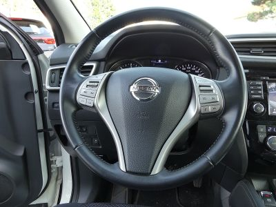 Nissan QASHQAI 1.6 DCI 130CH N-CONNECTA - <small></small> 17.990 € <small>TTC</small>