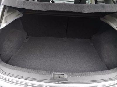 Nissan QASHQAI (2) 2.0 140 TEKNA M-CVT - <small></small> 11.900 € <small>TTC</small>