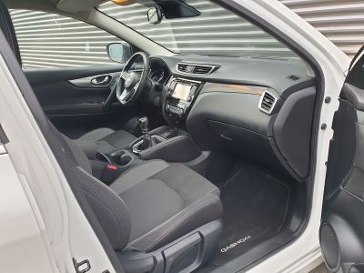 Nissan Qashqai ii 2 1.6 t 163 connecta bv6 - <small></small> 15.990 € <small>TTC</small> - #17