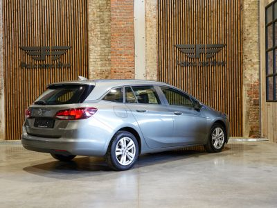 Opel Astra 1.6 CDTi ECOTEC D Edition - Navi - Tel - Als NIEUW!! - <small></small> 11.100 € <small>TTC</small> - #2