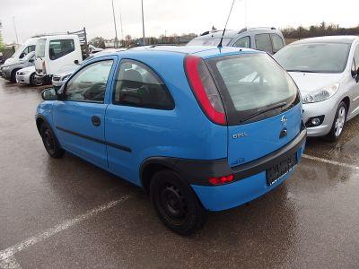 Opel Corsa 1.0 12V 55CH 3P - <small></small> 1.700 € <small>TTC</small>