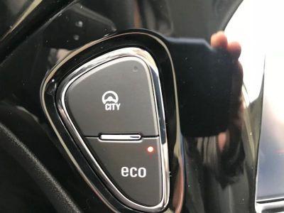Opel Corsa 1.4 90ch Design 120 ans Start/Stop 5p - <small></small> 12.590 € <small>TTC</small>