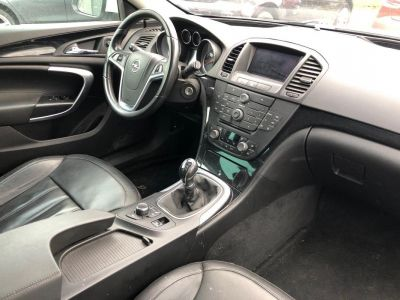 Opel INSIGNIA Sports Tourer 2.0 CDTI - 160 FAP EcoFLEX Cosmo - <small></small> 6.990 € <small>TTC</small>