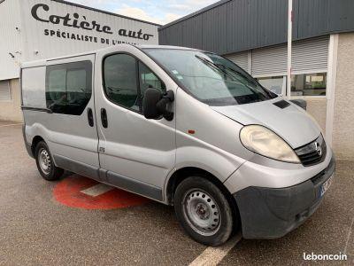 Opel Vivaro l1h1 6 places - <small></small> 2.400 € <small>HT</small>