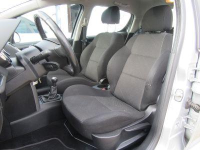 Peugeot 207 1.6 HDI110 SPORT FAP 5P - <small></small> 3.290 € <small>TTC</small> - #4