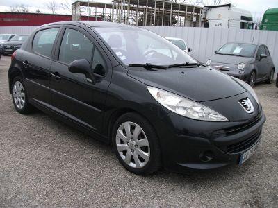 Peugeot 207 1.6 HDI90 SPORT 5P - <small></small> 3.990 € <small>TTC</small>