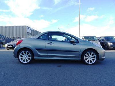 Peugeot 207 CC 1.6 HDI110 ROLAND GARROS FAP - <small></small> 7.490 € <small>TTC</small> - #8