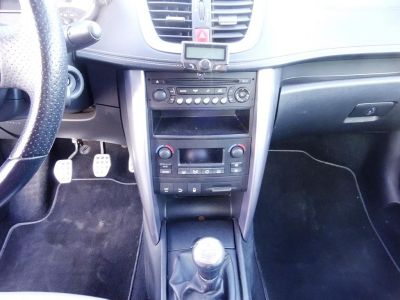Peugeot 207 CC 1.6 HDI110 ROLAND GARROS FAP - <small></small> 7.490 € <small>TTC</small> - #11