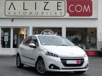 Peugeot 208 1.2i Pure Tech 12V S&S - 110 - BV EAT6 BERLINE Allure PHASE 2 - <small></small> 13.580 € <small>TTC</small> - #1