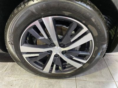 Peugeot 3008 BLUE-HDI 130CH S&S BVM6 ALLURE - <small></small> 29.450 € <small>TTC</small> - #13