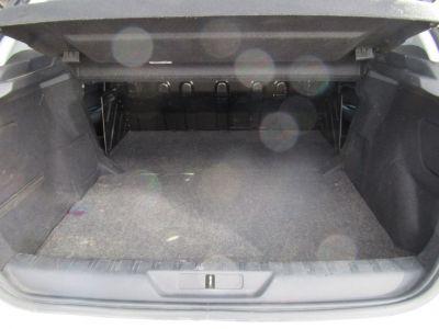 Peugeot 308 1.6 BLUEHDI 100CH S&S PREMIUM PACK - <small></small> 7.990 € <small>TTC</small> - #17