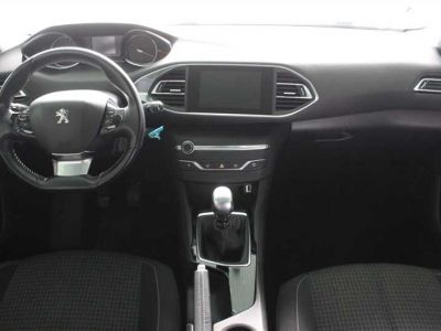 Peugeot 308 SW 1.6 BlueHDi 120ch S&S BVM6 Active Business - <small></small> 10.990 € <small>TTC</small> - #4