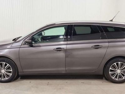Peugeot 308 SW BlueHDi 130 S&S BVM6 Allure Pack + FULL LED - <small></small> 21.980 € <small>TTC</small> - #8