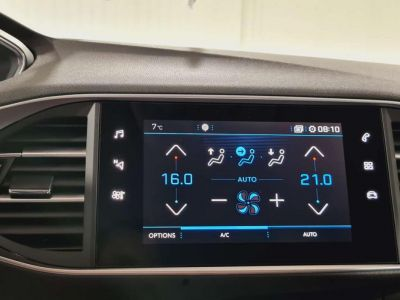 Peugeot 308 SW BlueHDi 130 S&S BVM6 Allure Pack + FULL LED - <small></small> 21.980 € <small>TTC</small> - #28
