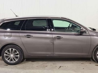 Peugeot 308 SW BlueHDi 130 S&S BVM6 Allure Pack + FULL LED - <small></small> 21.980 € <small>TTC</small> - #2