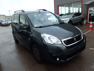 Peugeot Partner 1.2 PURETECH STYLE S&S - <small></small> 10.390 € <small>TTC</small>