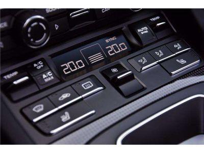 Porsche 911 - TURBO S - CABRIO - PDK - CARBON - BOSE - CERAMIC - - <small></small> 169.950 € <small>TTC</small> - #26