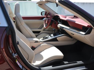 Porsche 911 992 TARGA 4S HERITAGE EDITION 450 BVM - <small>A partir de </small>2.690 EUR <small>/ mois</small> - #18