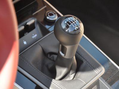 Porsche 911 992 TARGA 4S HERITAGE EDITION 450 BVM - <small>A partir de </small>2.690 EUR <small>/ mois</small> - #29