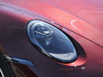 Porsche 911 992 TARGA 4S HERITAGE EDITION 450 BVM - <small>A partir de </small>2.690 EUR <small>/ mois</small> - #32