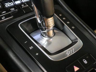 Porsche 911 PORSCHE 911 (991) (2) CABRIOLET 3.0 450 CARRERA GTS PDK - <small>A partir de </small>980 EUR <small>/ mois</small> - #44
