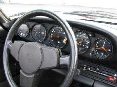 Porsche 911 SC Cabriolet 1983 - <small></small> 59.000 € <small>TTC</small> - #9
