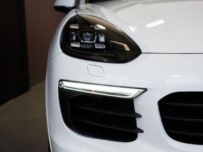 Porsche Cayenne 3.0 V6 462ch S Platinium Edition Tiptronic E-Hybride Tiptronic A - <small></small> 63.900 € <small>TTC</small> - #9